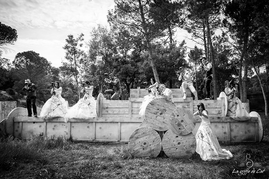Trash_the_dress-collectif-geant-Paint_ball-nb