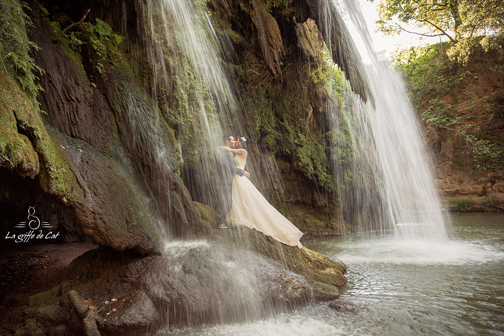 La griffe de Cat trash the dress cascade 83