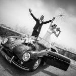 mariés voiture porshe cabriolet
